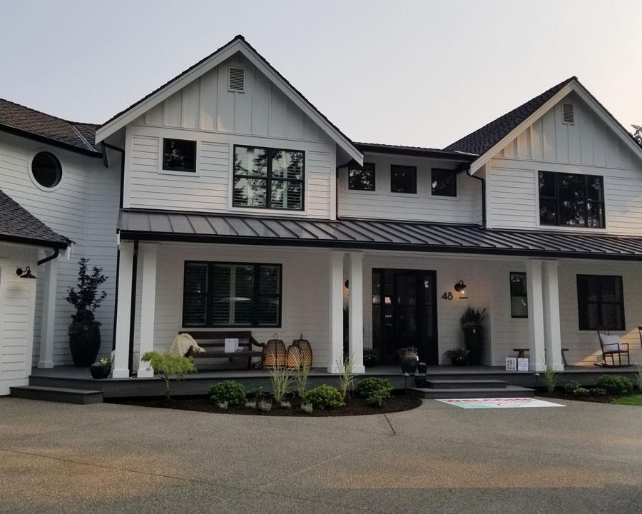 Milgard Ultra fiberglass windows are perfect for Okanagan homes