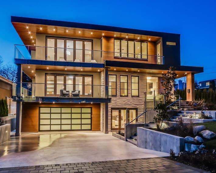 High-quality vinyl windows for Okanagan builders and contractors